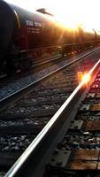 zonsondergang spoorweg foto