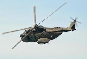 hh-3f halverwege de vlucht. Italiaanse luchtmacht