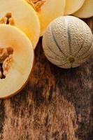 heerlijke meloen op tafel foto