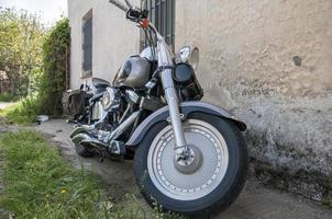 kleur zwart motorfiets foto