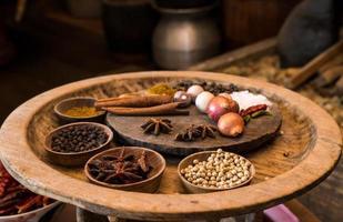 specerijen in vintage keuken foto
