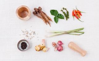 Thais eten koken ingrediënten. - pasta van Thais populair eten. foto