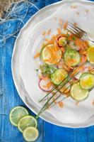 radijs en komkommersalade foto