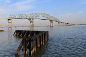 Francis Scott Key Bridge en keermuur, Baltimore Maryland foto