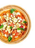 pizza met kip, courgette en feta foto