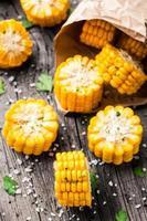 heerlijke gegrilde maïs foto
