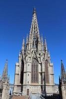 kathedraal van het heilig kruis en heilige eulalia, barcelona, spanje foto