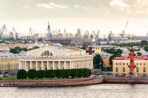 oude beurs van Sint-Petersburg foto