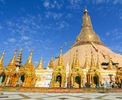 shwedagon paya pagoda, yangon, myanmar foto