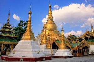 shwedagon pagode, yangon, myanmar foto