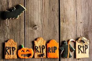 zelfgemaakte peperkoekkoekjes van halloween foto