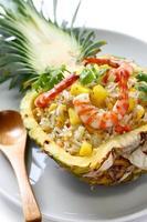 ananas gebakken rijst foto