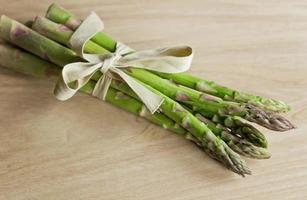 groene asperge foto