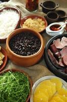 feijoada, Braziliaanse traditionele maaltijd foto