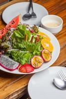 salade van vers fruit foto