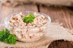 vers gemaakte tonijnsalade foto