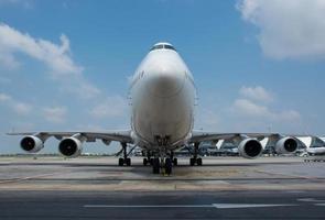passagiersvliegtuigen op de luchthaven