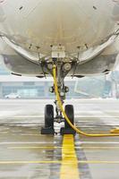 wielen van het vliegtuig