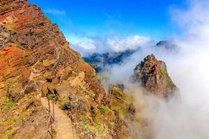 vulkanisch berglandschap van madeira foto