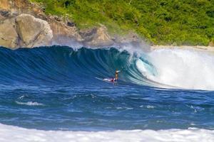 oceaangolven. eiland lombok. indonesië. foto