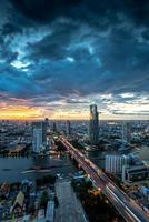 landschap van chaophraya rivier, bangkok foto