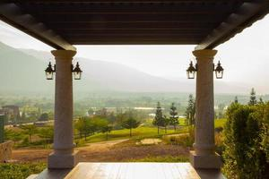 landschap natuurlijk uitzicht vanaf balkon foto