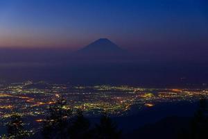 landschap van kofu en mt.fuji