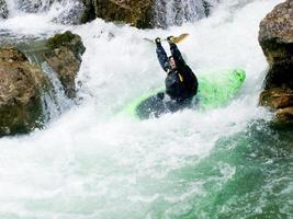 vrouwelijke kayaker foto