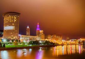 Cleveland. beeld van Cleveland centrum 's nachts