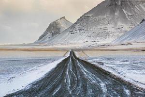 ijsland winterweg foto