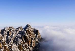 wintersneeuw, het berglandschap