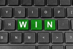 win woord op toetsenbord foto