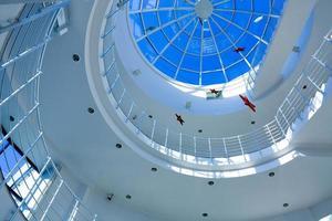 abstract blauw geometrisch plafond foto