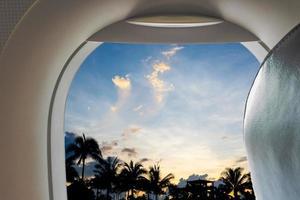uitzicht vanuit vliegtuig raam foto
