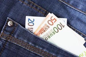 geld in de zak foto