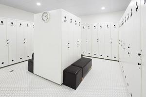 interieur van moderne kleedkamer foto