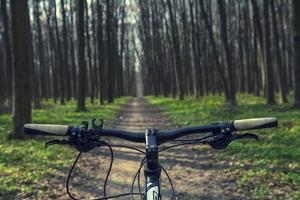 Mountain biking foto