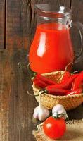 tomaten en kruiden foto