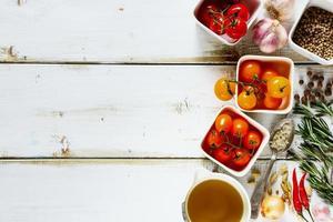diverse kleurrijke tomaten