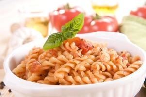 spiraalvormige macaroni foto