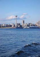 ruimte naald en Seattle skyline foto