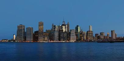 vroege ochtend skyline van New York panorama foto