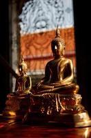 Boeddhabeelden, bangkok, thailand foto
