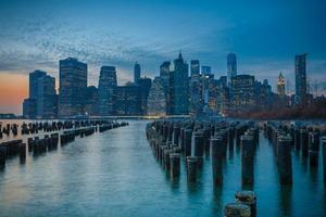 Manhattan zonsondergang foto
