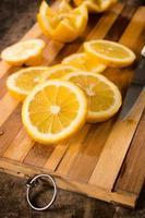 gesneden citroen foto
