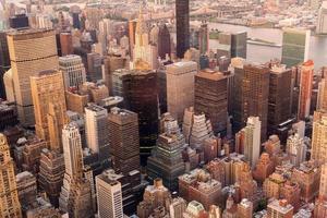Manhattan skyline bij zonsondergang, nyc