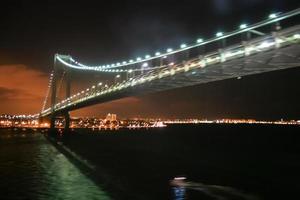 verrazano versmalt brug in new york foto