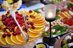 tafel met eten foto