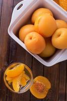 gestoofde perziken foto