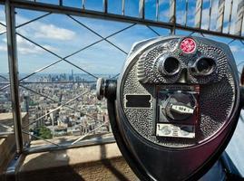 verrekijker met muntsysteem op Empire State Building foto